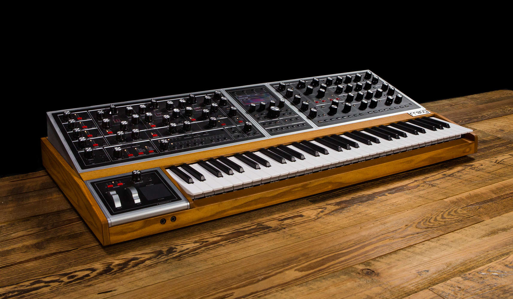 Moog Synthesizers | Musician's Friend