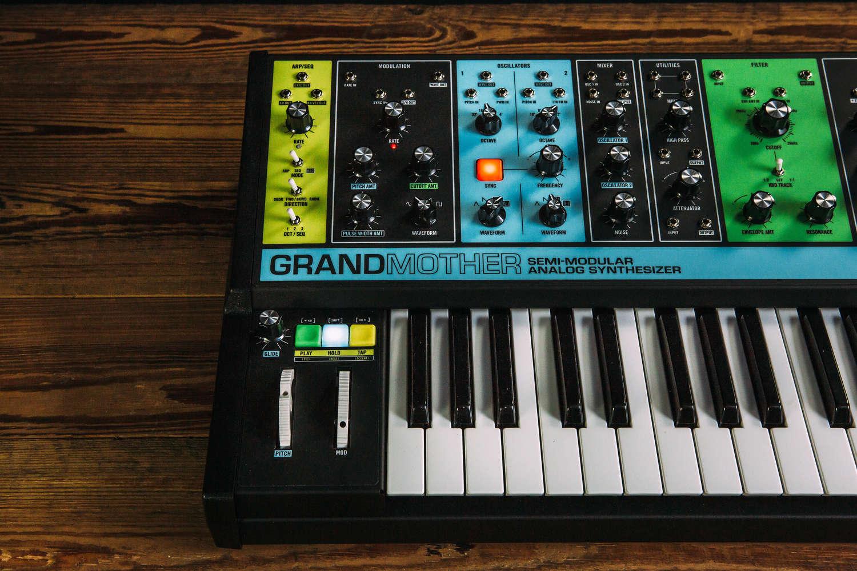 Grandmother | Moog